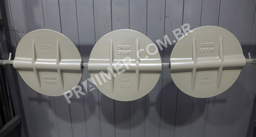 use of polymer for clapper valve in pipes